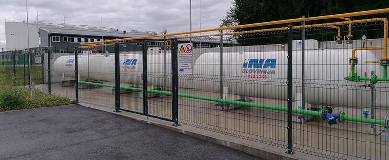 večja plinska postaja